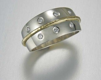 Event horizon White gold diamond ring with yellow gold accent band Event Horizon Black Holes physics