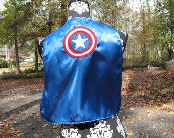 Reversible embroidered superhero play cape