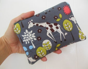 Giraffes ipod/iphone/gadget/Small zipper accessory pouch