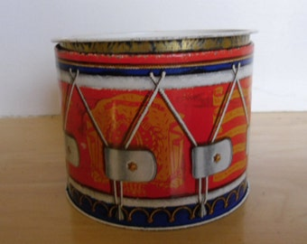 Vintage Tin - Biscuit Cookie Tin, Small Drum Made in England