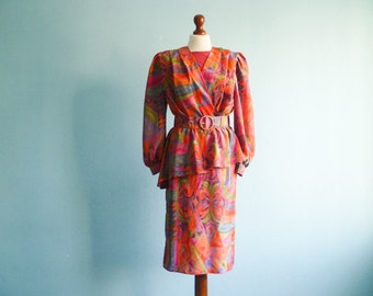 Vintage 80s 90s multicolor dress / red orange violet blue green / abstract print / peplum dress / long sleeve / midi / small