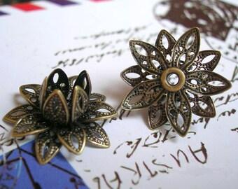5 pcs bronze three D rose cabochons-F398