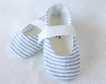 By The SEA SIDE-Infant Blue and White Seersucker Stiped Fabric Baby Booties
