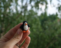 Felt  penguin, super tiny, felted penguin , felt toy, soft sculpture, felt animal, pet miniature, natural toy