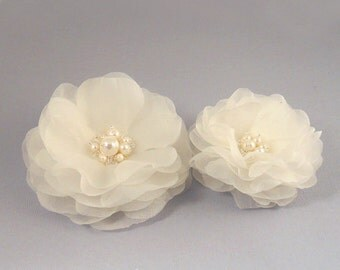 Freshwater Pearl Wedding Hair Piece, Wedding Headpiece, Bridal Hairpiece, Flower,  Ivory Bridal Headpiece, Pure Silk Bridal Hair Accessory