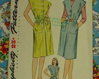 Vintage Pattern 1945 Simplicity No.1369 Dress or Jumper, Size 18