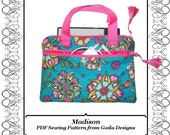 """EReader Kindle case cover PDF sewing pattern Nook Sony Kobo reader handles padded fully lined zipper """"Madison"""""""