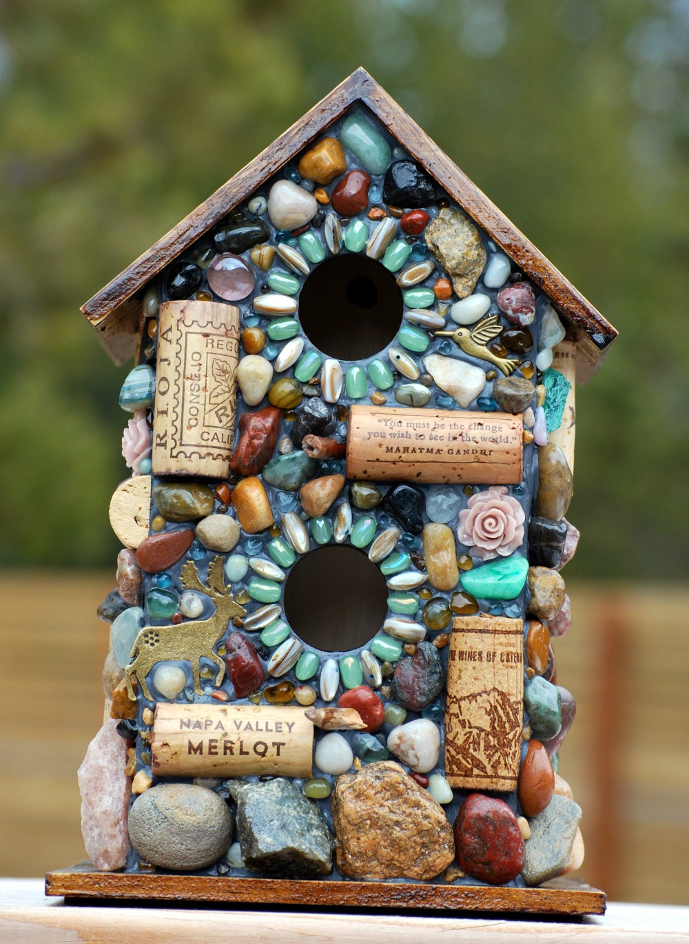 outdoor birdhouse and mosaic garden art with colorful stones. Black Bedroom Furniture Sets. Home Design Ideas
