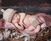 Newborn Hat and Legwarmer Set Photography Prop PDF Pattern - Crochet acorn hat and leggies