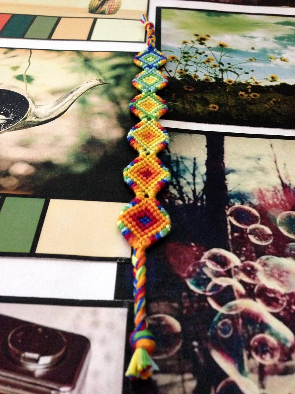 sale 40 off diamond shaped friendship bracelet. Black Bedroom Furniture Sets. Home Design Ideas