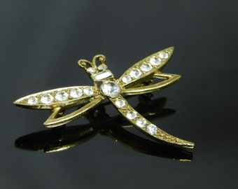 Vintage Rhinestone Dragonfly Figural Brooch Pin In Gold Tone Setting