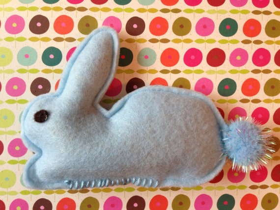Bunny Rabbit 1/3 Cup Catnip and Valerian Toy // Poof Tail // Cat Felt Easter Bunny // Many Colors // For A Good Cause