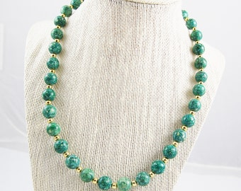 Vintage Green Marbled Beaded Necklace