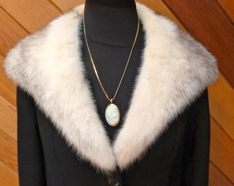 Vintage Black Coat with fur collar - Winter coat with fur collar - Black 1950s coat