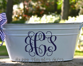 Personalized Oval Bucket - Monogrammed tub -  Beverage Tub - Metal Bucket - White Beverage Tub - Wedding Gift - Party Tub - Monogram Gift