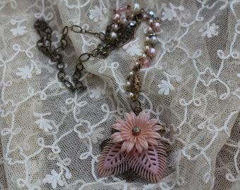 Vintage Pink Flower Pendant Necklace