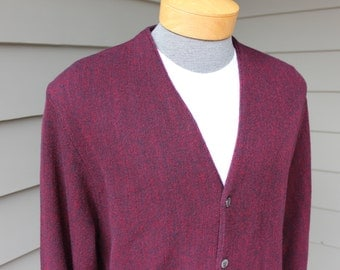 vintage Men's Golf cardigan sweater. Red - Burgandy - Black brindle...Unusual. Cypress Links. Large