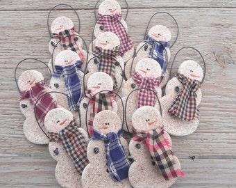 Wholesale Primitive Salt Dough Snowmen Set of 10 / Party Favors /  Wedding Favors /  Napkin Rings