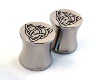 """Celtic Trinity Knot Surgical Steel Plugs - Double Flared - 2g 0g 00g 7/16"""" (11 mm) 1/2"""" (13mm) 9/16"""" (14mm) 5/8"""" (16mm) Metal Ear Gauges"""