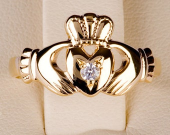 Claddagh Ring 18ct Gold with Precious Stone