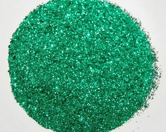 Emerald Green SOLVENT RESISTANT Glitter 0.015 Hex  - 1 Fl. Ounce for Glitter Nail Art, Glitter Nail Polish and Glitter Crafts