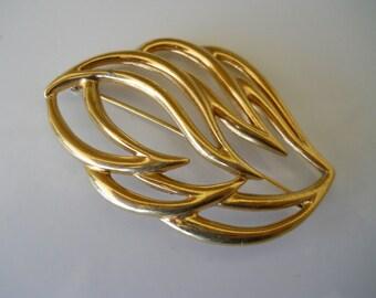 Monet Gold Tone Leaf Brooch