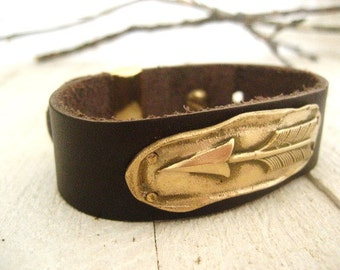 Bronze Arrow Leather Cuff