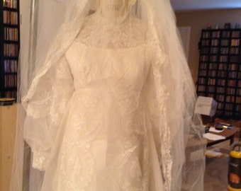 Lace Unworn Vintage Wedding Dress & Amazing Veil Empire Waist XS Small Long Sleeve