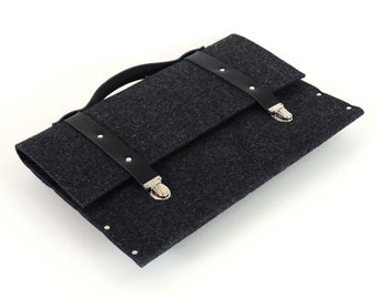 MacBook Pro 15 and MacBook Retina sleeve case black synthetic felt briefcase with black leather straps and handle made by SleeWay