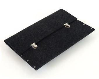 13 MacBook PRO sleeve black case synthetic felt briefcase cover handmade by SleeWay Studio
