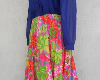70s Pleated Skirt . Accordion Pleats . HAWAIIAN Skirt M, L