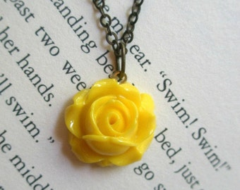 Yellow rose necklace Tiny rose necklace- Vintage style rose necklace- Fall wedding- Flower necklace- Dainty rose necklace-Bridal-Rustic