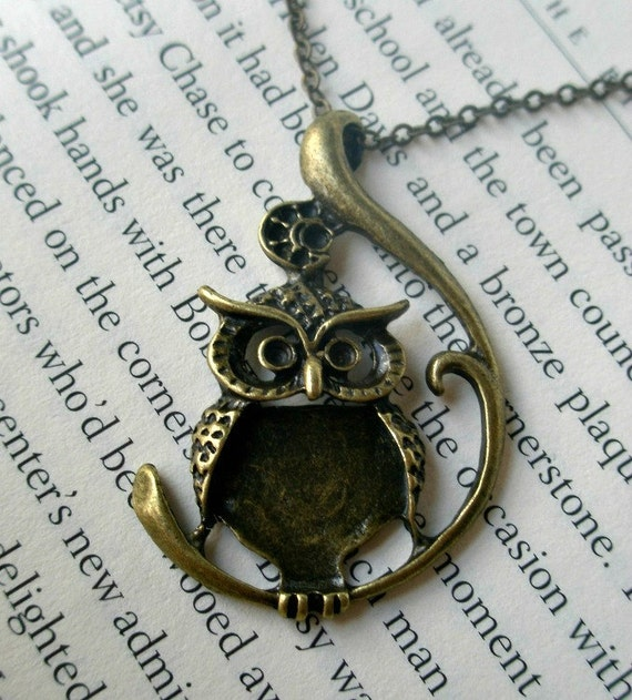 Owl necklace- Large owl necklace-Textured owl- Bird- Nature- Fashion necklace-Owl on a branch