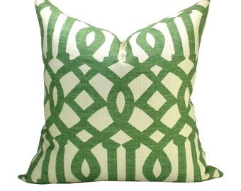 Imperial Trellis pillow cover in Treillage