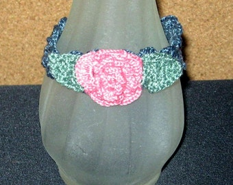 Last Rose of Summer SALE, Pretty Crocheted Rose Bracelet, 8 Inches