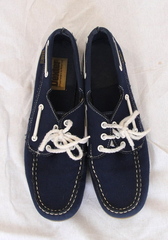 navy blue canvas deck shoes