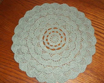 Crocheted Green Doily (p02)