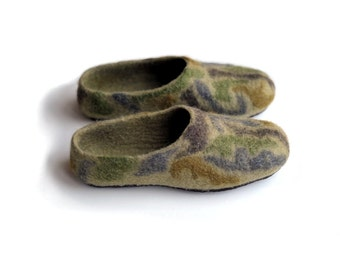 Hard to Find Military slippers with rubber soles - men - green - grey - brown - felted - wool