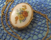 Mary Chess Vintage Perfume Compact Pendant