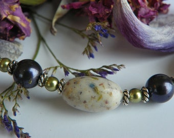Necklace made with YOUR special dried flowers, ashes, sands, or fabrics from a wedding, honeymoon, funeral, vacation.  Beautiful keepsake!