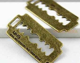 10Pcs Antique Brass blade Charms blade Pendants blade Connector 37x19mm (PND123)