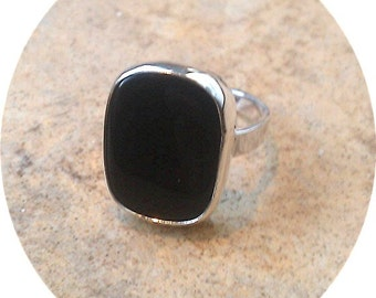 Black Onyx rectangular ring in Sterling Silver