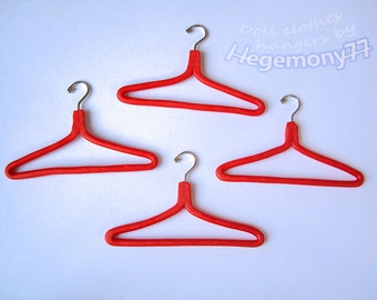 1/6th scale clothes hangers for dolls and figures