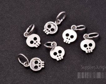P033-02-MR// Matt Rhodium Plated Mini Skull Pendant, 4pcs