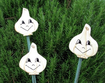 Garlic - Double Sided Wooden Garden Personality Plant Marker -Gift for the gardener