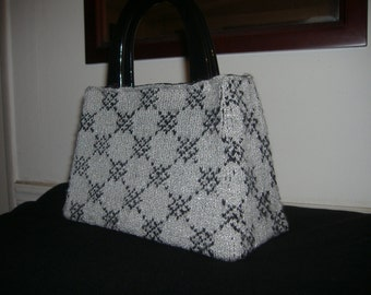 "Nardcore Handbag ""Silverstrand"" knit by hand and sewn"
