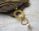 Gold Circles Necklace  With Fresh Water Pearl.