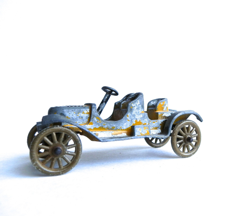 Vintage Stanley Steamer Tootsietoy Car By DairyFarmAntiques