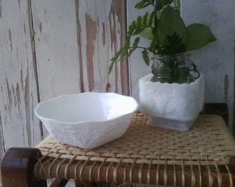 Mid Century White Milkglass Bowl Set - Retro Instant Collection of Wedding Milk Glass, Country Wedding China, Nut Dish, White Glass Bowls