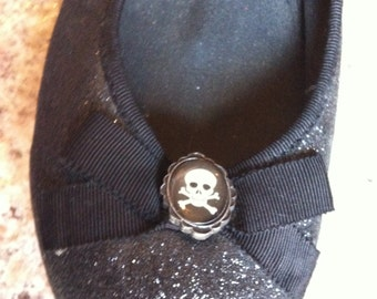 Up cycled skull and bow shoes